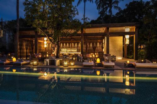 Rosewood Phuket Swimming pool